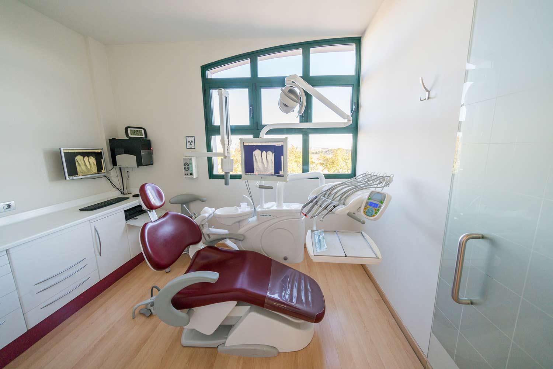Clínica dental en Montecanal