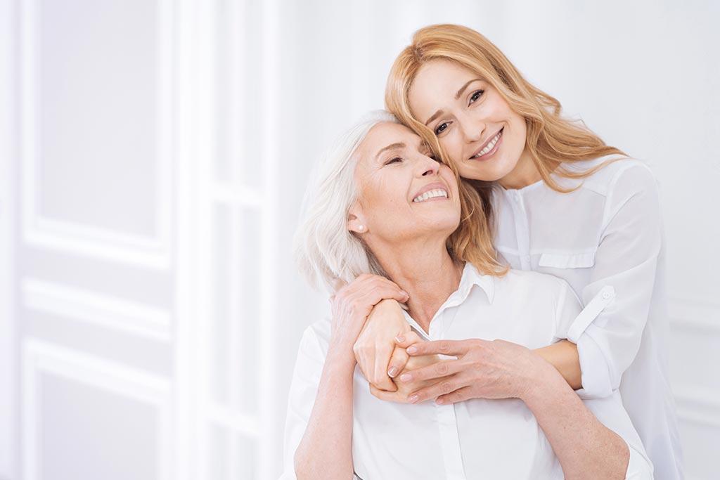 Adultos con implantes dentales