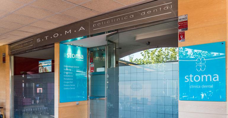 Dentista En Rosales Del Canal Clínica Dental Stoma